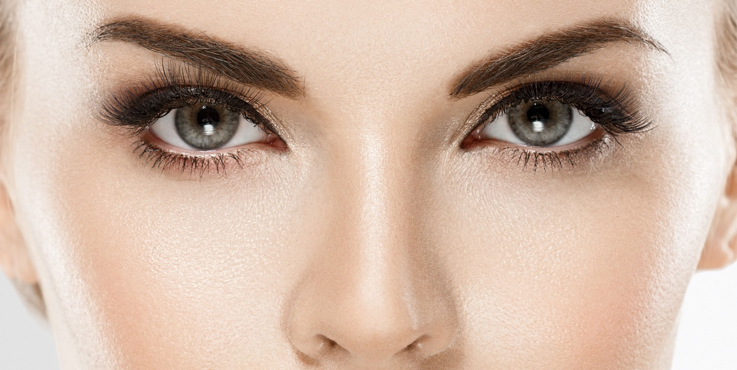 Latisse® Eyelash Serum: 5 Facts About This Lash Treatment